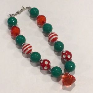 CHRISTMAS 🎄CHUNKY BEAD NECKLACE LAST ONE!